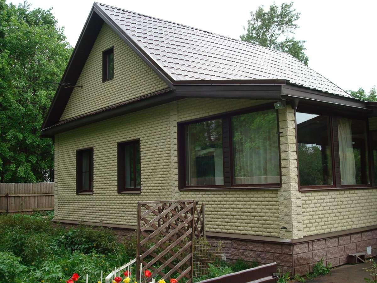 Как облицевать кирпичный дом сайдингом 149